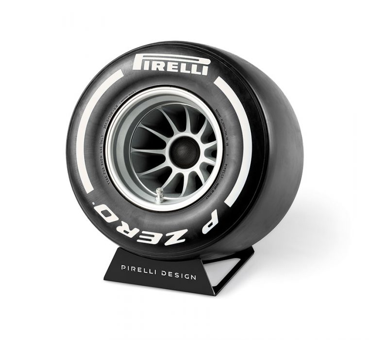 Pirelli P ZERO™ Sound White sound system for home