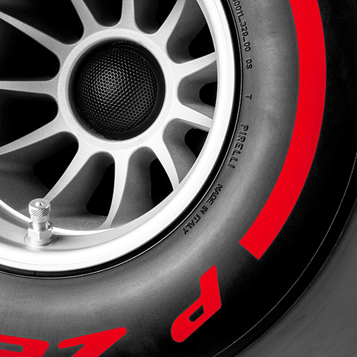 Pirelli P ZERO™ casse audio Bluetooth colore rosso