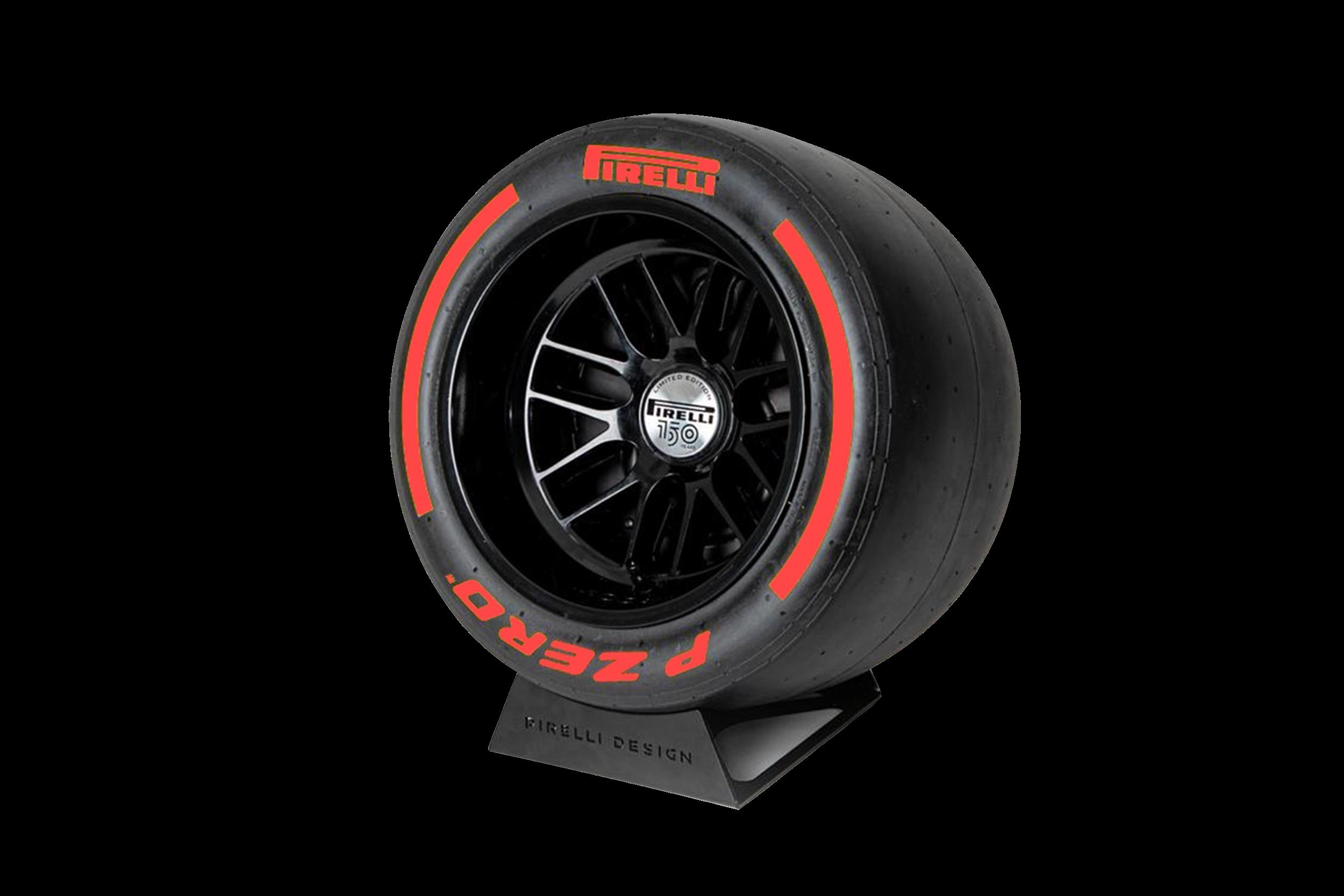 Pirelli P ZERO™ impianto audio di lusso colore rosso