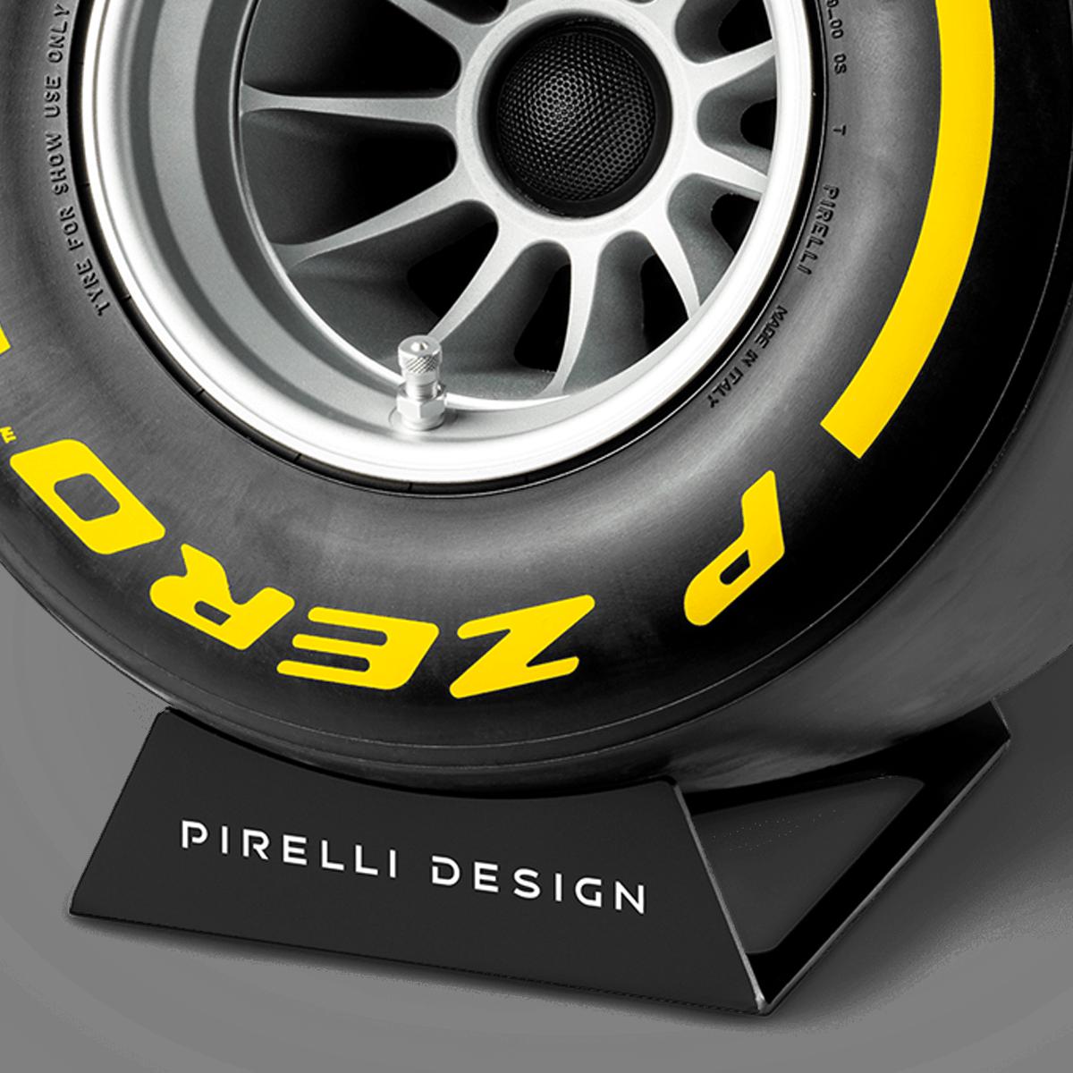 Pirelli P ZERO™ impianto stereo di design colore giallo