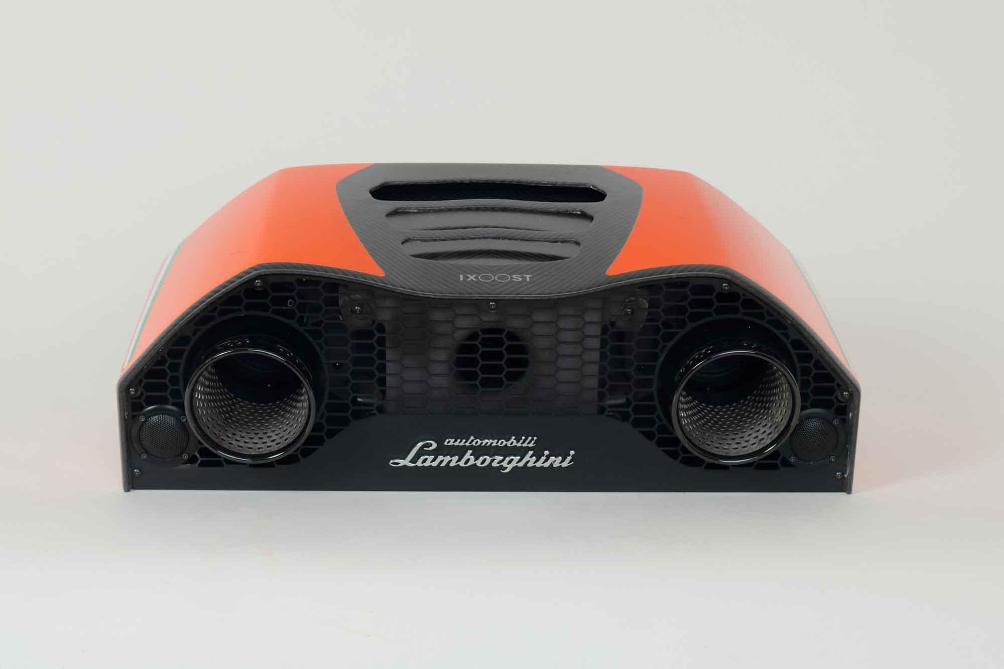 iXOOST AVALÁN Atlas Orange - Lamborghini™ cool speakers