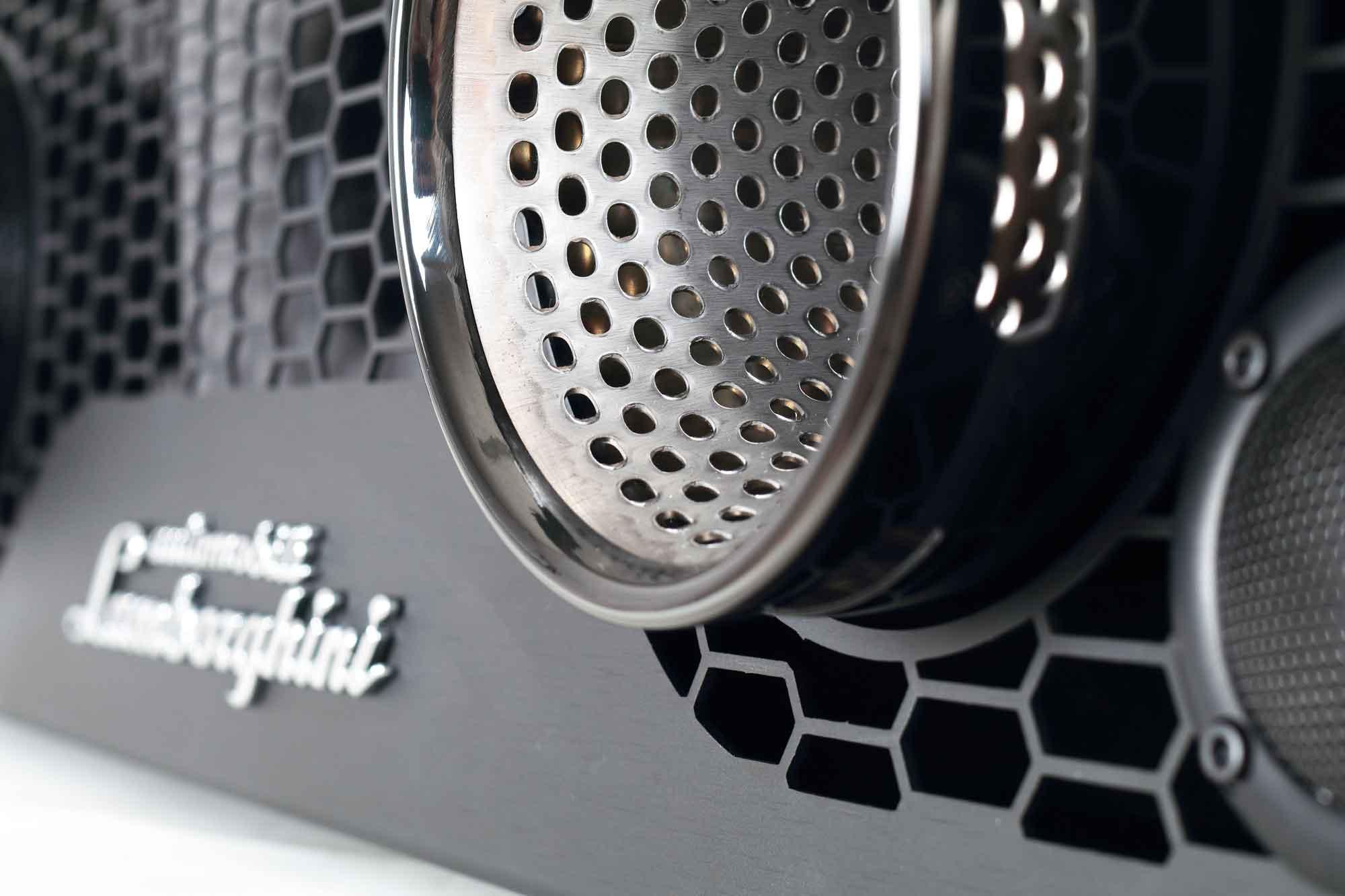 iXOOST - AVALÁN scarichi originali Lamborghini™ impianti audio casa
