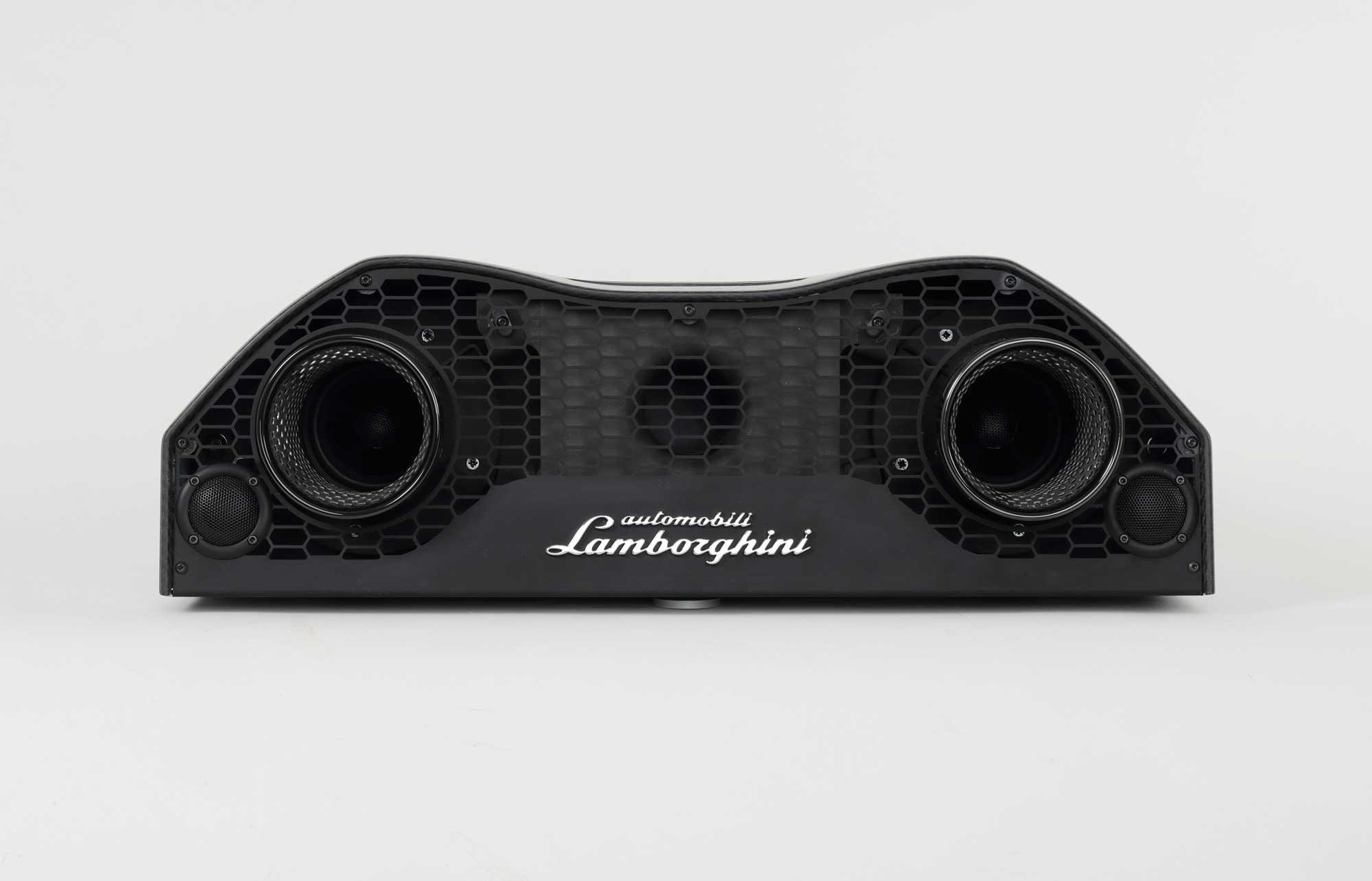 iXOOST AVALÁN Carbon impianti stereo di design originale Huracán Lamborghini™