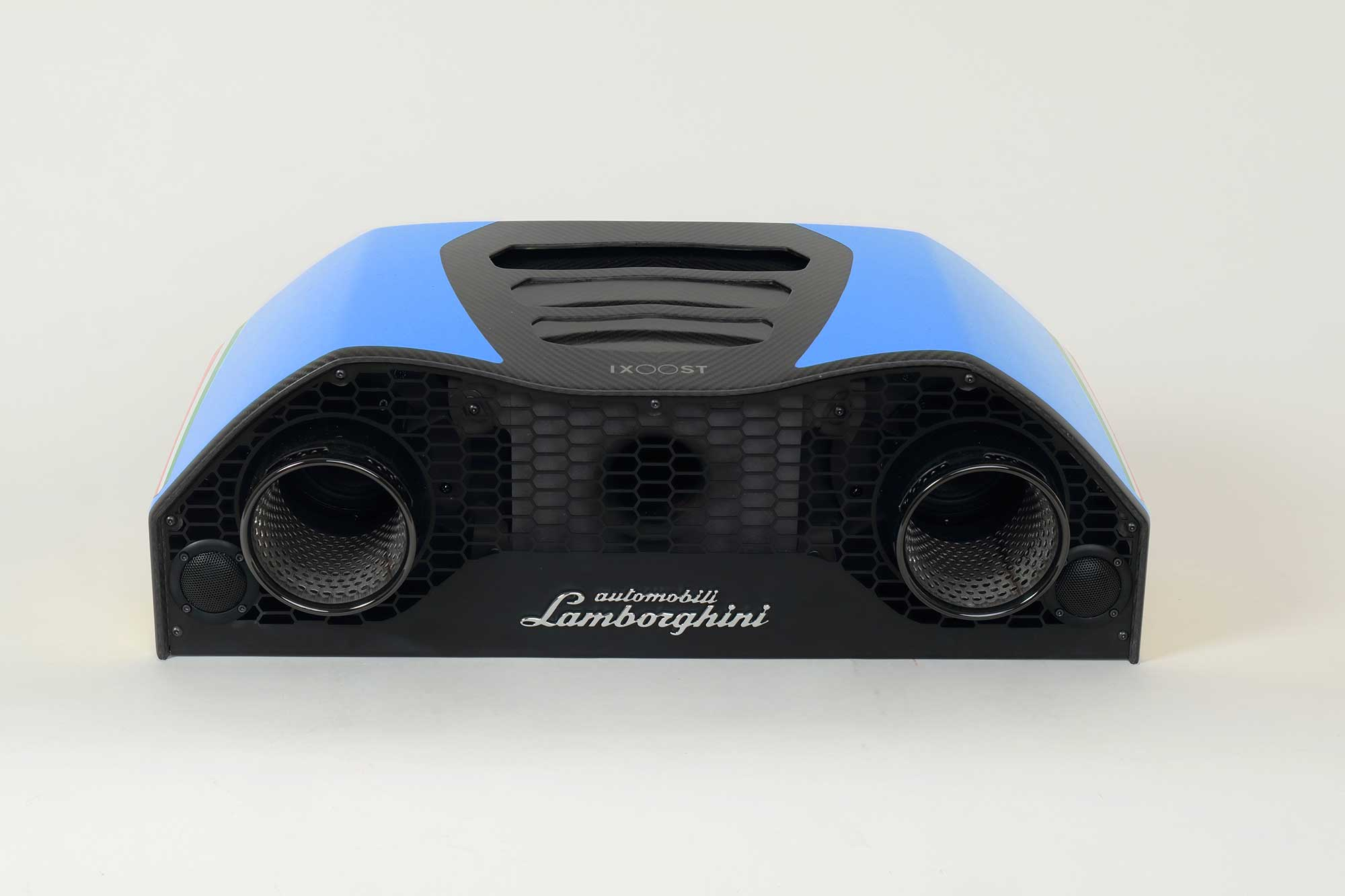 iXOOST AVALÁN Cepheus Blue impianti stereo originali Huracán Lamborghini™
