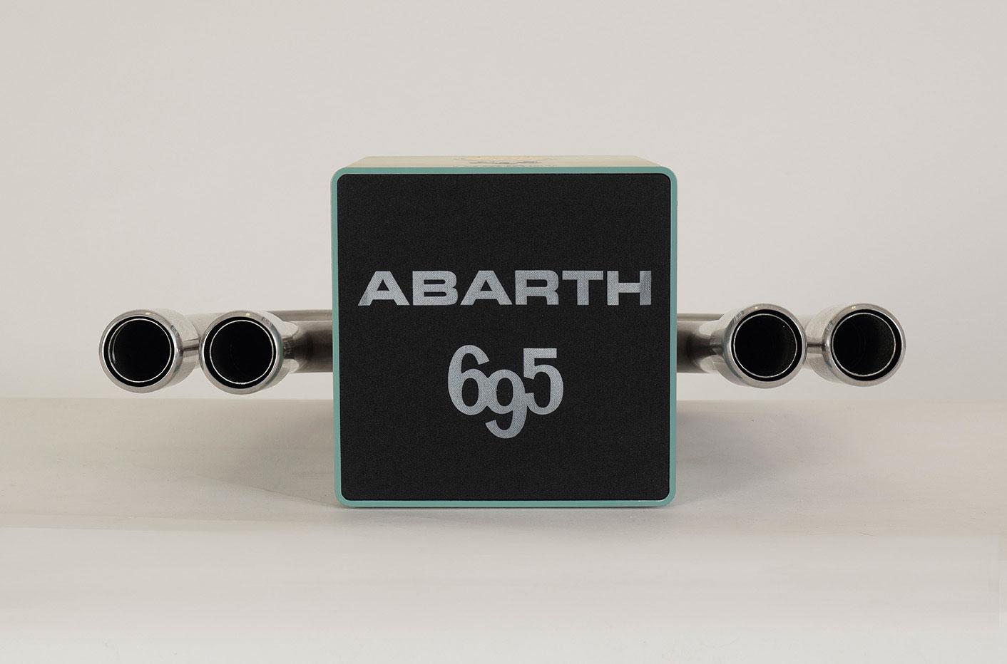 iXOOST KUBO ABARTH 695 impianti stereo di design a marchio Abarth