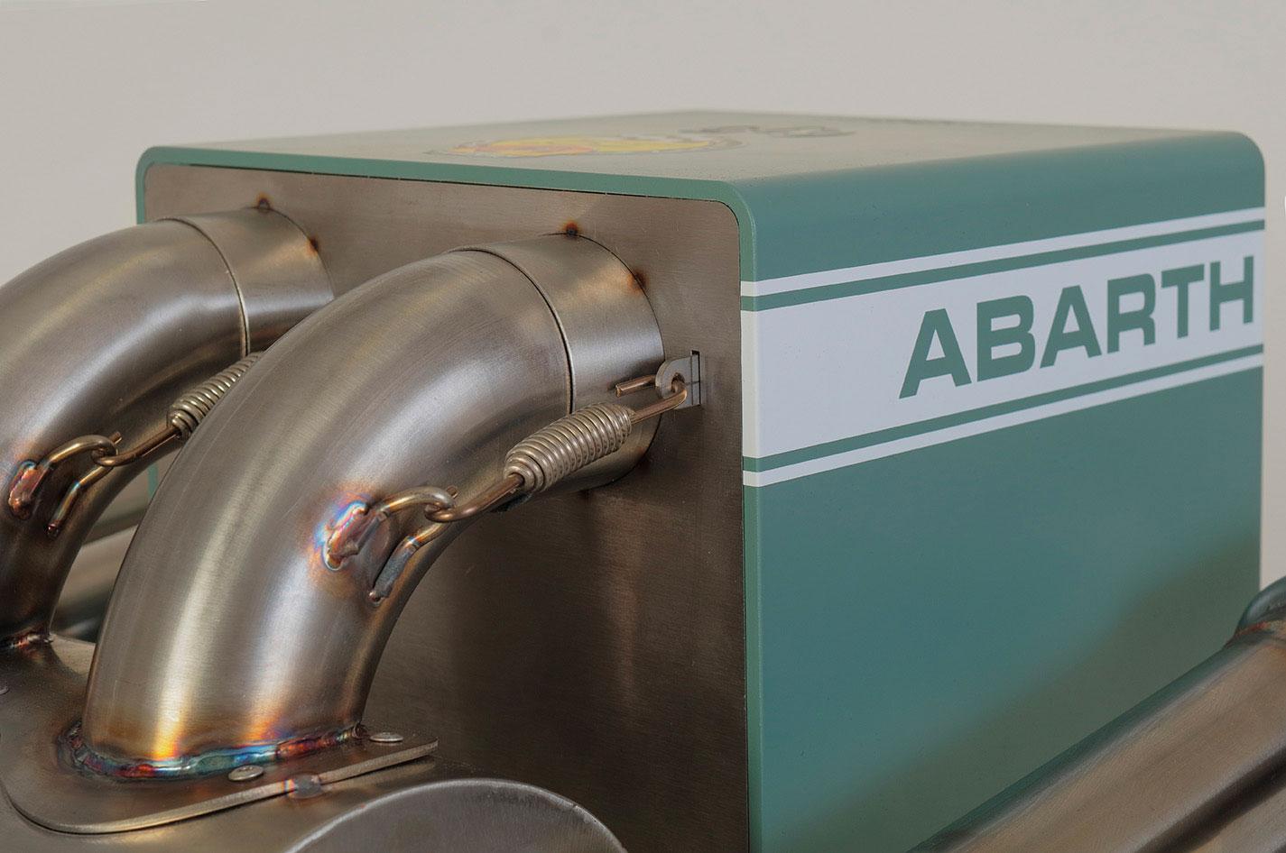 iXOOST KUBO ABARTH 695 sistema audio di lusso